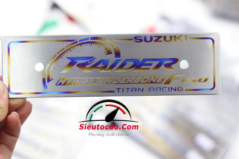 Bảng tên titan suzuki raider STD-816 Titan