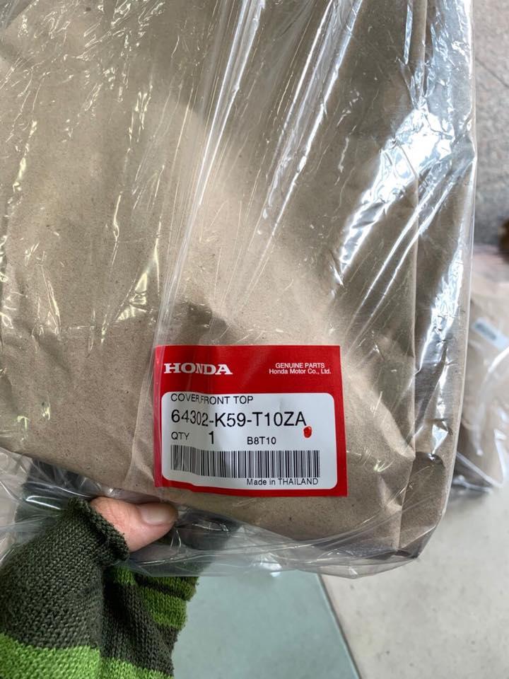 Mặt nạ Vario150 hàng thái chính hãng STD-1001 HONDA, Mặt nạ Vario150 hàng thái chính hãng gắn vario 150,dành cho ace nào không thích gắn bảng tên trên mặt nạ,...gắn cái mặt nạ hàng thái chính hãng là tuyệt vời ,đẹp,....chất liệu hàng thái thì quá là tốt,...